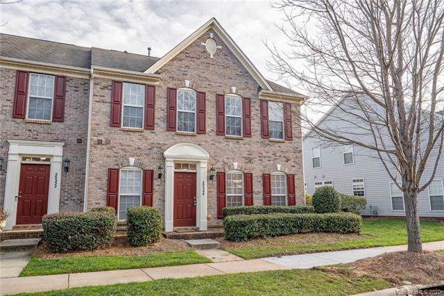 20548 Harbor View Drive, Cornelius, NC 28031 (#3583891) :: The Andy Bovender Team