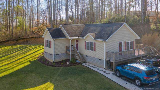 71 Cleo Court, Hendersonville, NC 28792 (#3584047) :: The Ramsey Group