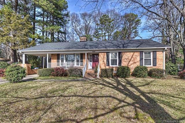 1600 Paddock Circle, Charlotte, NC 28209 (#3584132) :: Stephen Cooley Real Estate Group