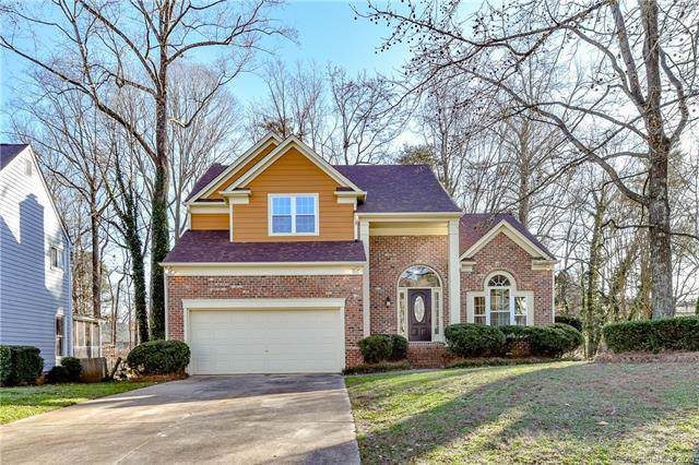 4912 Benthaven Lane, Charlotte, NC 28269 (#3584226) :: Besecker Homes Team