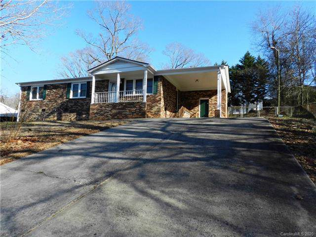 3908 Cherokee Drive, Gastonia, NC 28052 (#3584292) :: LePage Johnson Realty Group, LLC
