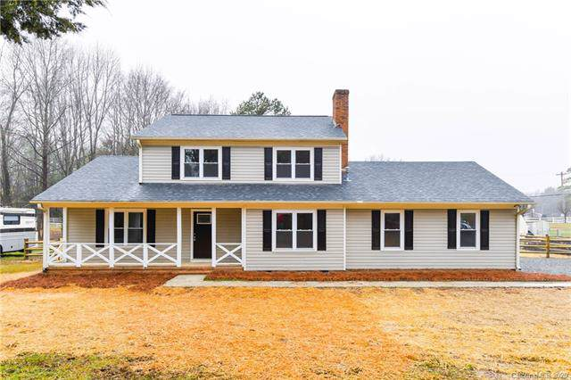 11331 Quarterhorse Court, Charlotte, NC 28215 (#3584322) :: Cloninger Properties