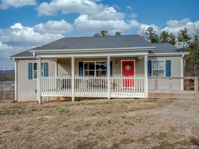 71 Misty Woods Lane, Hendersonville, NC 28792 (#3584358) :: Premier Realty NC