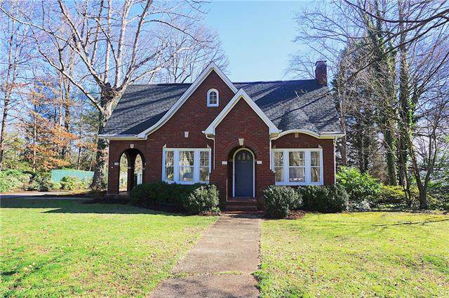 605 S College Avenue, Newton, NC 28658 (#3584422) :: Stephen Cooley Real Estate Group