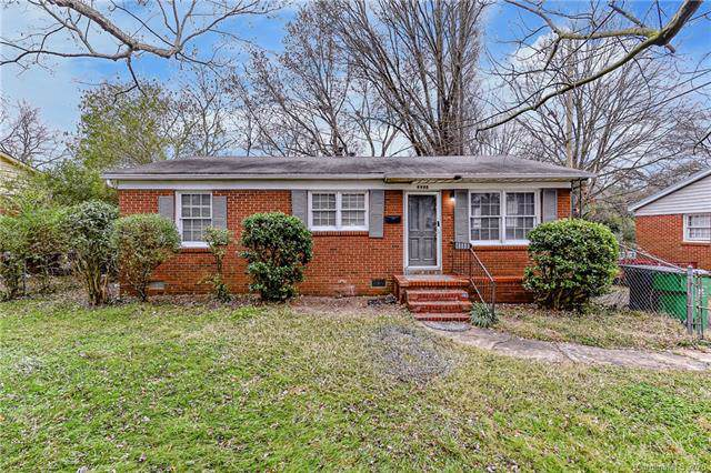 4908 Winchester Street, Charlotte, NC 28208 (#3584511) :: Homes Charlotte