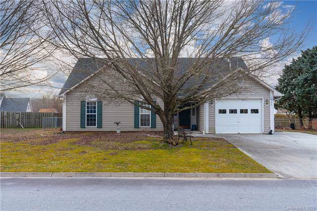 904 Woodhill Drive, Fletcher, NC 28732 (#3584582) :: Stephen Cooley Real Estate Group