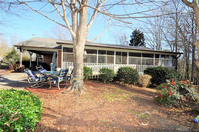 2608 Castle Hill Road, Gastonia, NC 28052 (#3584659) :: MartinGroup Properties