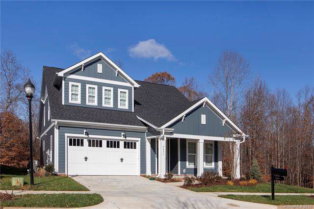 585 Oak Tree Road, Mooresville, NC 28117 (#3584731) :: Carlyle Properties