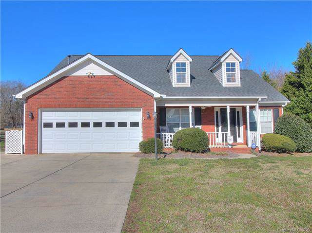 2409 Damascus Drive, Indian Trail, NC 28110 (#3584741) :: Rinehart Realty