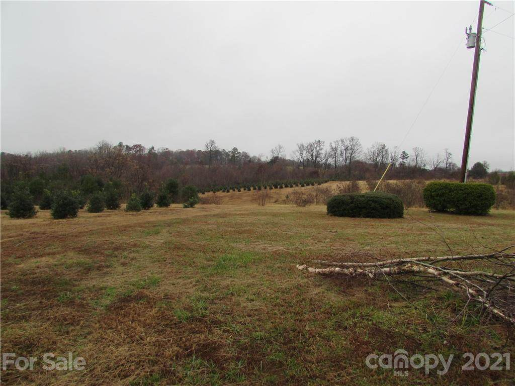 6024 White Store Pageland Road, Marshville, NC 28103 (#3584861) :: Besecker Homes Team