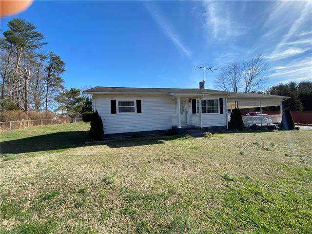 483 7th Street SW, Taylorsville, NC 28681 (#3584909) :: Keller Williams South Park
