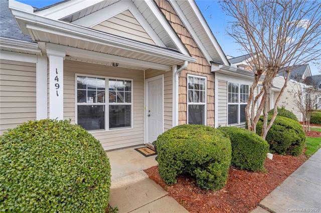1491 Harpers Inlet Drive, Clover, SC 29710 (#3585102) :: Rowena Patton's All-Star Powerhouse