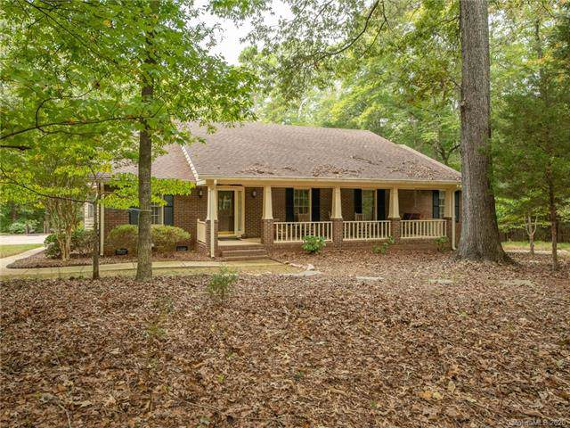 1216 Farm Creek Road, Waxhaw, NC 28173 (#3585125) :: Puma & Associates Realty Inc.