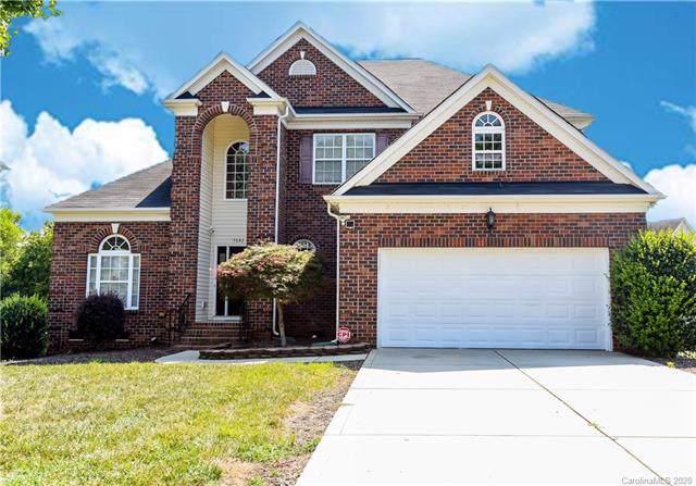 7642 Horseshoe Creek Drive, Huntersville, NC 28078 (#3585196) :: Cloninger Properties