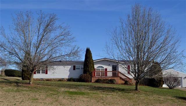 6059 Naked Creek Road, Conover, NC 28613 (#3585245) :: LePage Johnson Realty Group, LLC