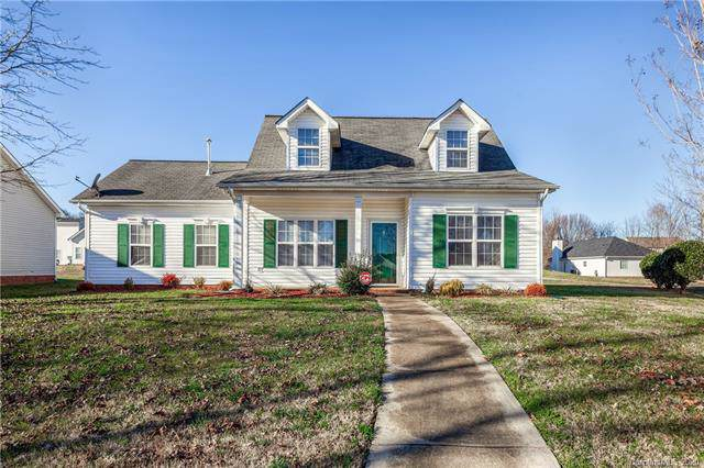 10131 Mayhurst Court, Charlotte, NC 28213 (#3585312) :: Charlotte Home Experts