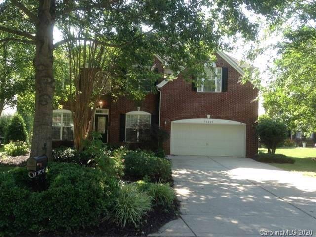 13225 Hidcote Court, Huntersville, NC 28078 (#3585427) :: Cloninger Properties