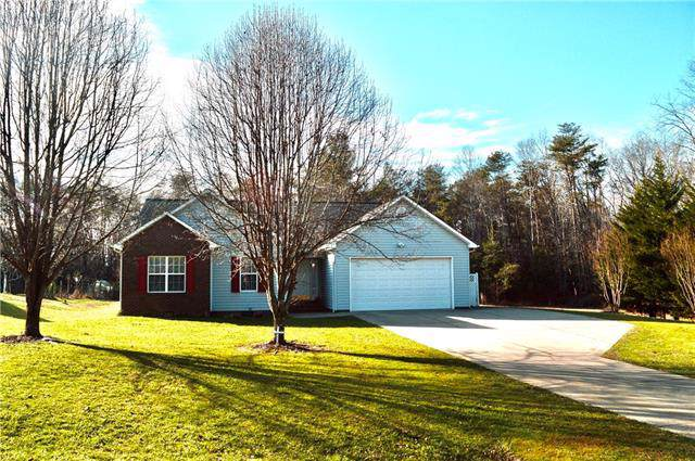 373 Grapevine Circle, Taylorsville, NC 28681 (#3585654) :: Caulder Realty and Land Co.