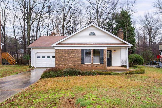 5724 Running Wood Lane, Charlotte, NC 28215 (#3585687) :: Cloninger Properties