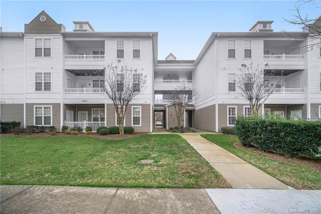 18001 Delmas Drive, Cornelius, NC 28031 (#3585697) :: Mossy Oak Properties Land and Luxury