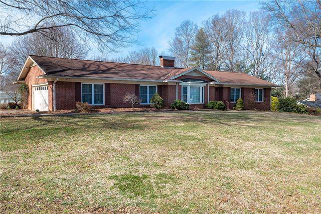 1961 12th Street Place NE, Hickory, NC 28601 (#3585710) :: Roby Realty