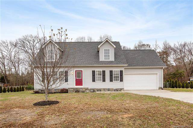1046 Canada Drive, Dallas, NC 28034 (#3586177) :: Rowena Patton's All-Star Powerhouse