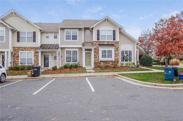 108 Chimney Rock Lane, Fort Mill, SC 29708 (#3586180) :: Scarlett Property Group