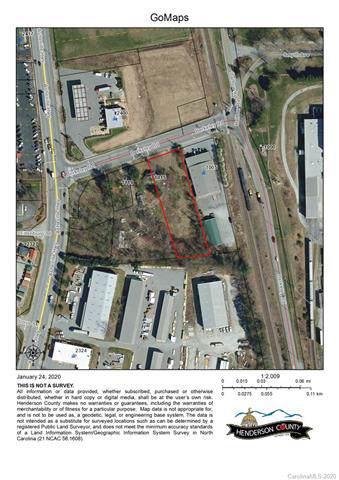 1015 Berkeley Road, Hendersonville, NC 28792 (#3586238) :: MartinGroup Properties