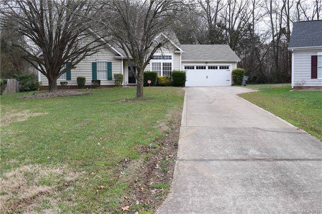 2001 David Earl Drive, Charlotte, NC 28213 (#3586254) :: Rinehart Realty