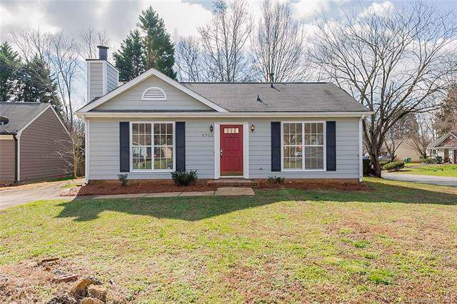 8900 Mackenzie Court, Charlotte, NC 28227 (#3586612) :: Robert Greene Real Estate, Inc.