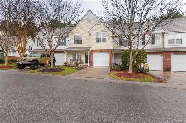 8243 Christmas Court, Charlotte, NC 28216 (#3586688) :: Roby Realty