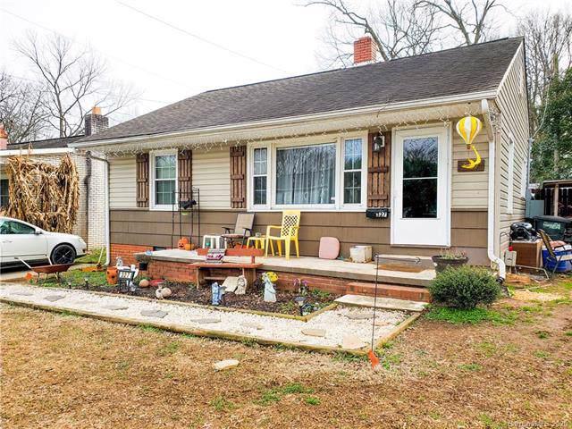 327 Bonview Avenue, Lincolnton, NC 28092 (#3586974) :: Cloninger Properties