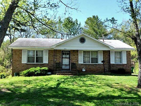 2912 Markland Drive, Charlotte, NC 28208 (#3593324) :: Delivering The Carolinas Realty