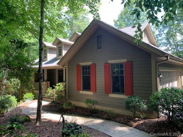 155 Chattooga Run, Hendersonville, NC 28739 (#3598942) :: MartinGroup Properties
