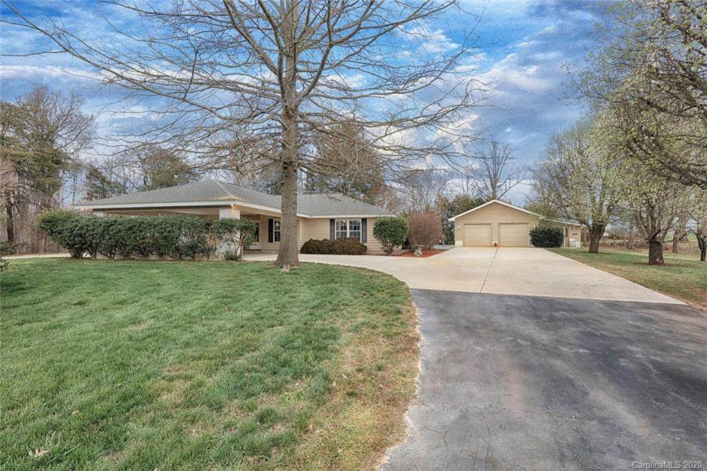 260 Blueberry Hill Drive - Photo 1
