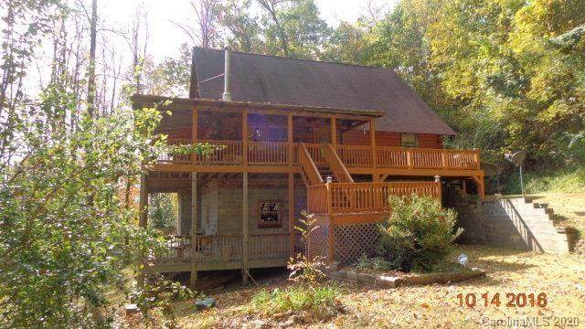 697 Oleander Lane, Sylva, NC 28779 (#3602334) :: Rowena Patton's All-Star Powerhouse