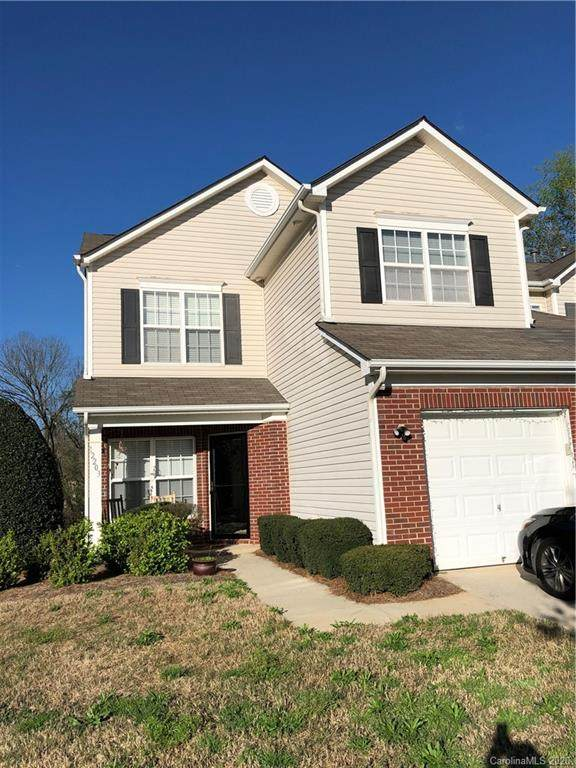12203 Stratfield Place Circle, Pineville, NC 28134 (#3607037) :: The Ramsey Group