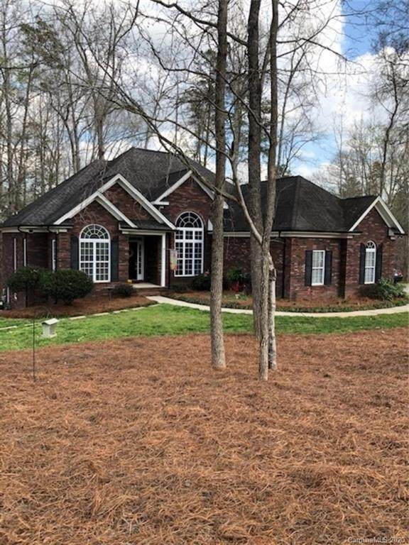 8026 Brookgreen Drive, Mint Hill, NC 28227 (#3608499) :: Keller Williams South Park