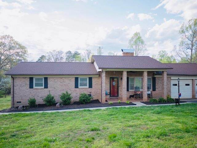 7066 Peyronel Street, Connelly Springs, NC 28612 (#3609762) :: Carver Pressley, REALTORS®
