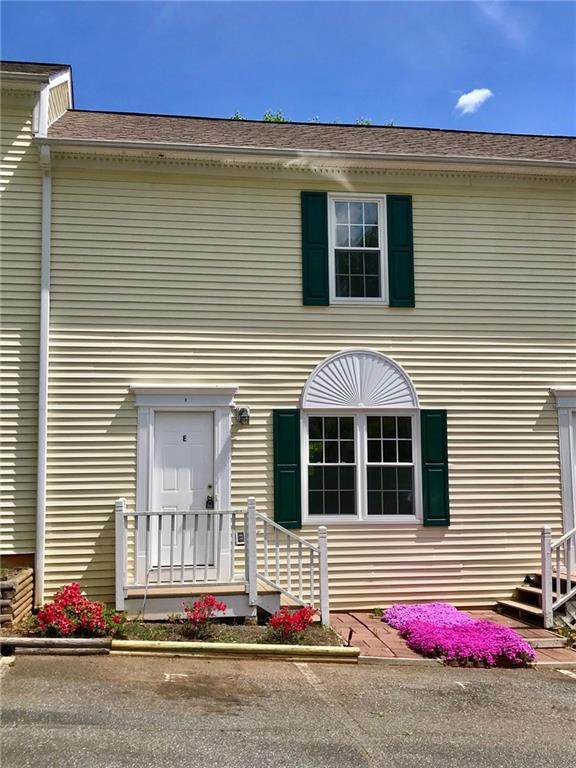 1067 19th Street NE E, Hickory, NC 28601 (#3609903) :: Miller Realty Group