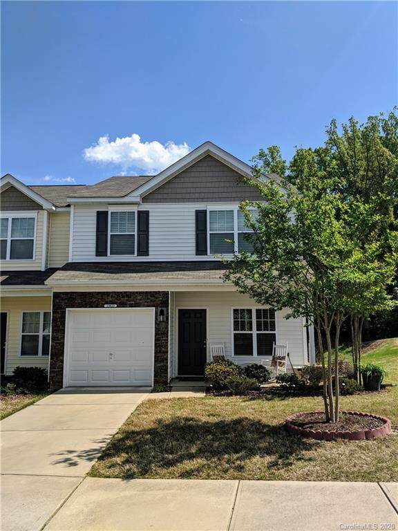 13823 Singleleaf Lane, Charlotte, NC 28278 (#3610318) :: The Premier Team at RE/MAX Executive Realty