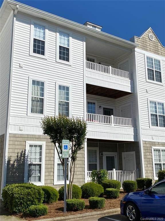 18711 Ruffner Drive 1H, Cornelius, NC 28031 (#3617522) :: Cloninger Properties