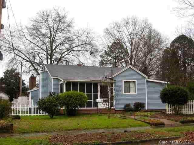 805 S Confederate Avenue, Rock Hill, SC 29730 (#3623469) :: Carver Pressley, REALTORS®