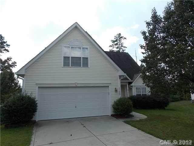 11402 Lenswood Court, Charlotte, NC 28214 (#3624326) :: Rinehart Realty