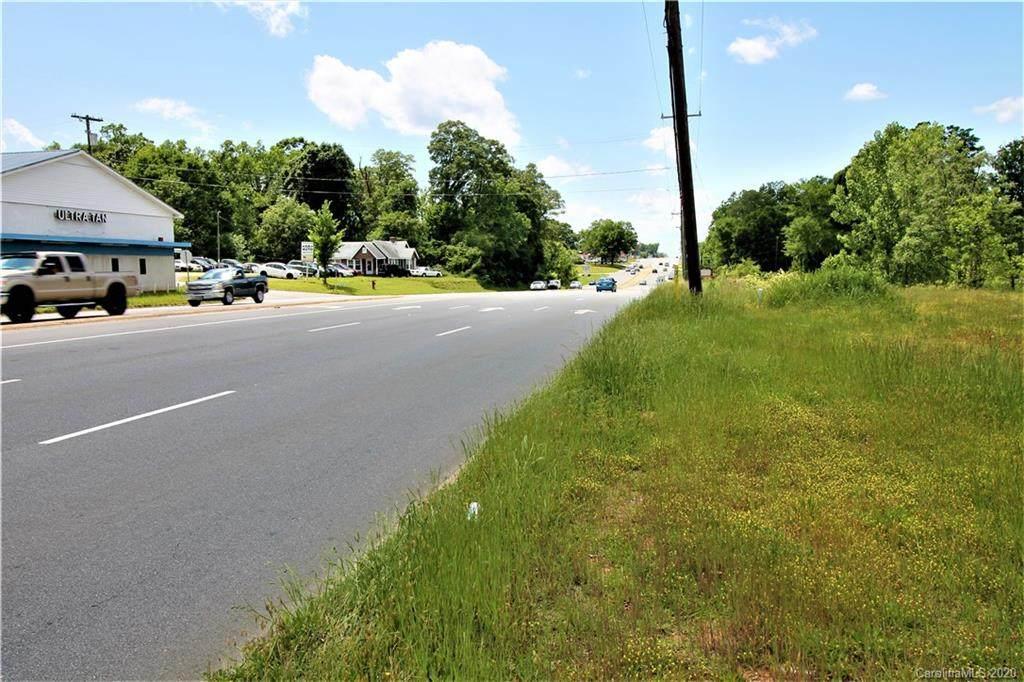 5103 Wilkinson Boulevard - Photo 1