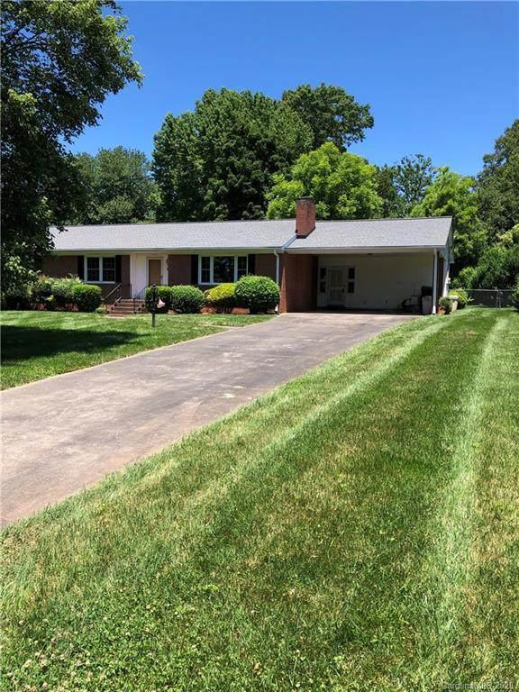 2934 Imperial Drive, Gastonia, NC 28054 (#3626301) :: Homes Charlotte