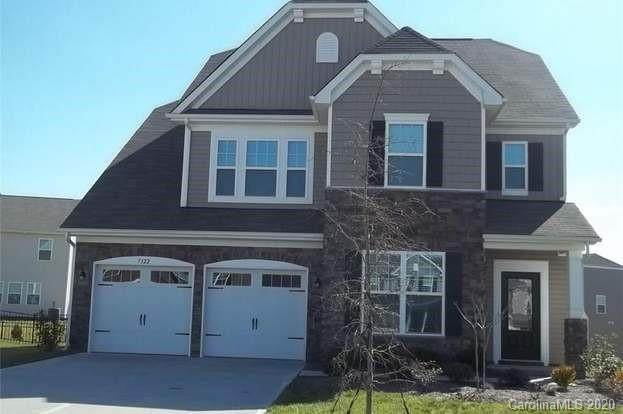 7322 Scone Palace Court, Charlotte, NC 28273 (#3627535) :: MartinGroup Properties