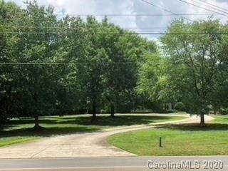 7000 Old Providence Road, Charlotte, NC 28226 (#3628230) :: Caulder Realty and Land Co.