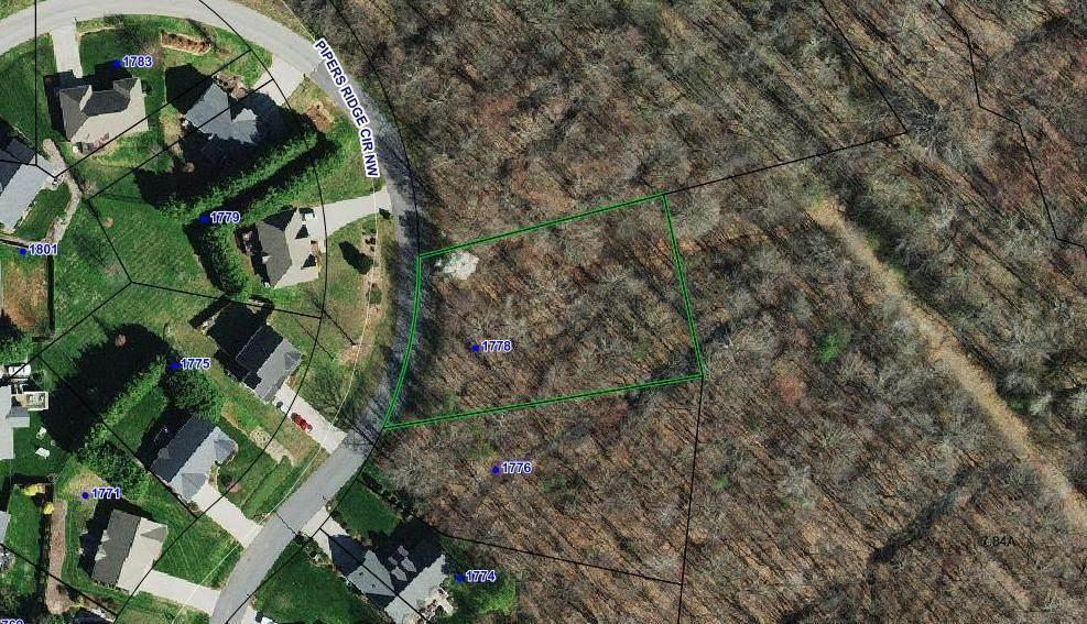 1778 Pipers Ridge Circle - Photo 1