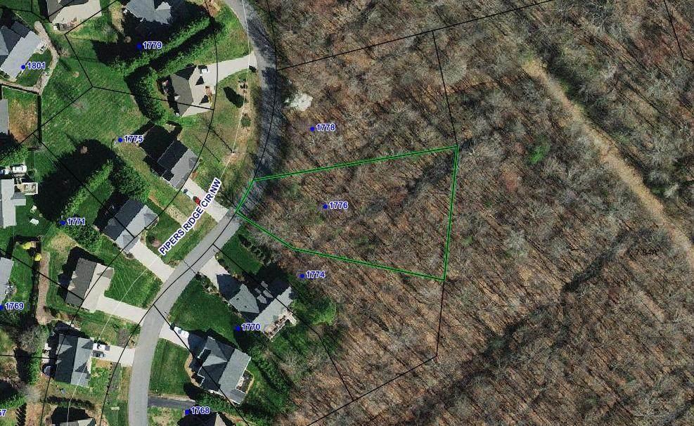 1776 Pipers Ridge Circle - Photo 1